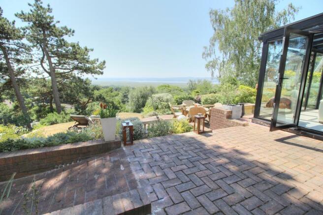 Moorland - patio.