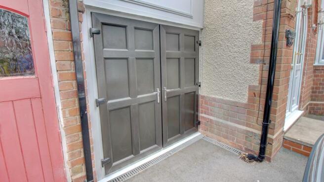 Side Entrance Doors