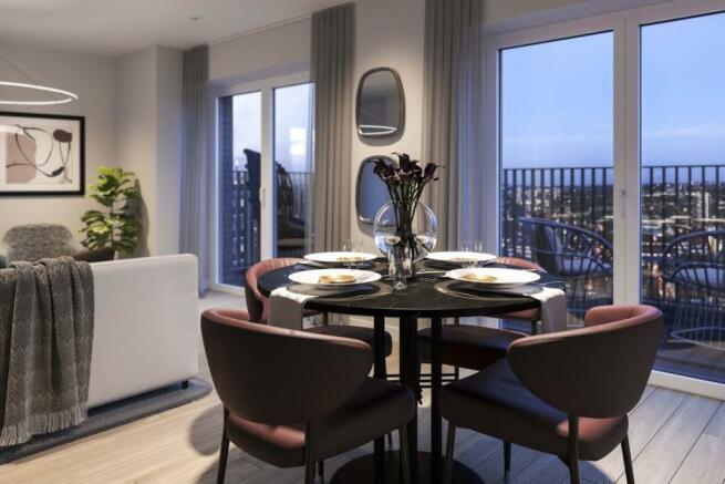 London Keybridge Lofts Dining Room