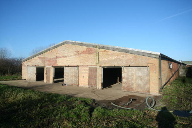 Garden Centre: Light Industrial To Rent In Unit 27, Hardings Farm