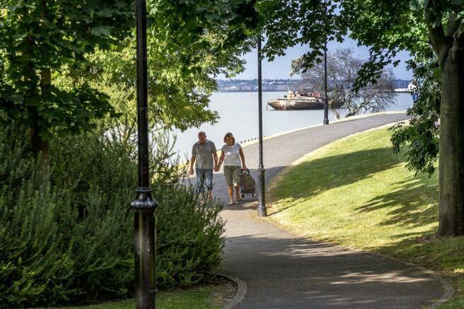 Local amenities Park