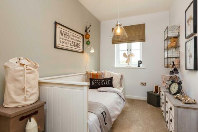 Caulke_PC_bedroom_4