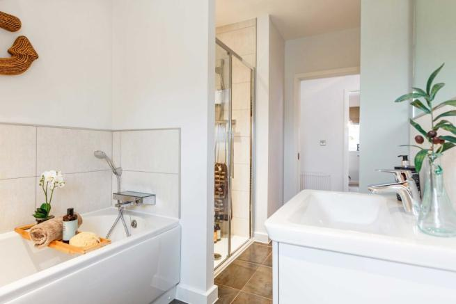 Caulke_PC_Bathroom_1
