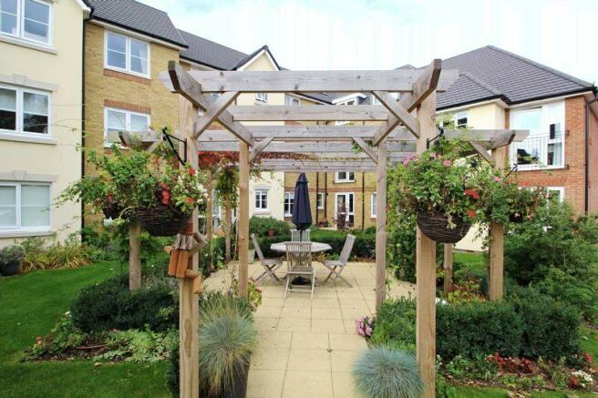 Front gardens ...