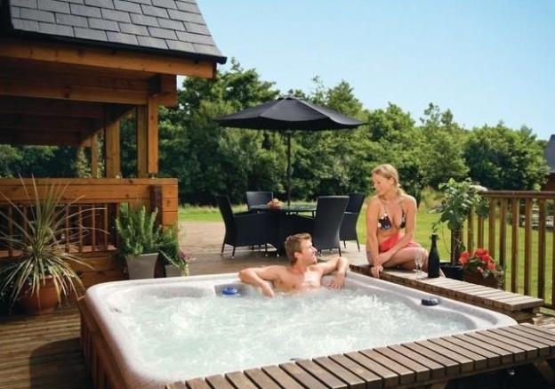 hot tub image.jpg