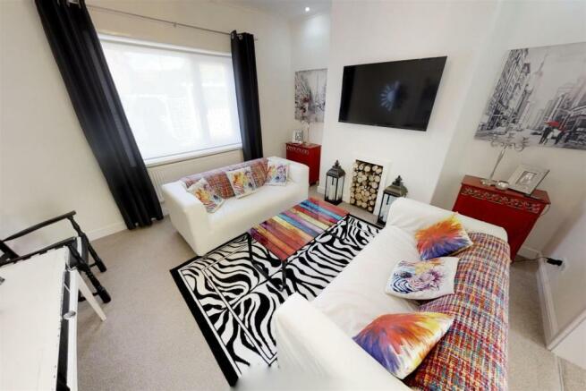 3-Dean-Cottages-Lounge(1).jpg