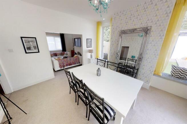 3-Dean-Cottages-Dining-Room.jpg