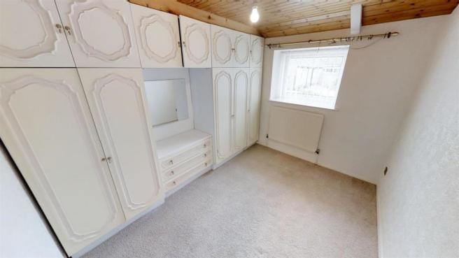 XvBVvHSXnKr - Bedroom Three.jpg