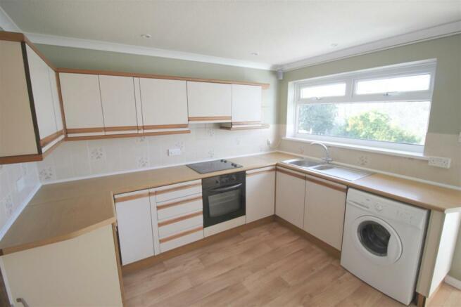 Kitchen shot 1.jpg