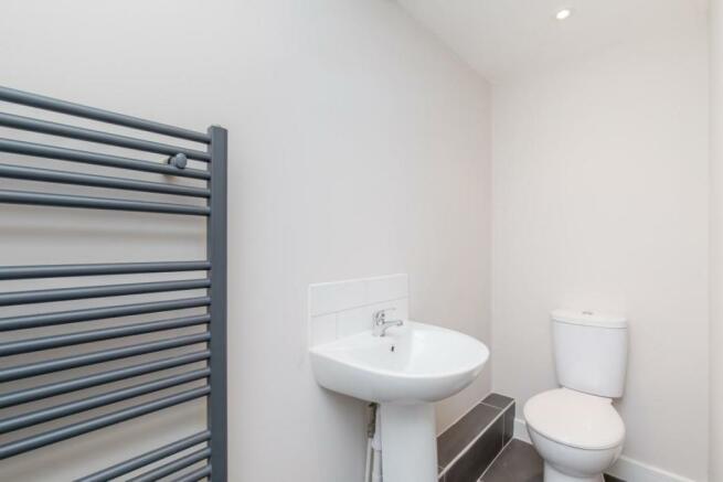 876. Shower Room a.JPG