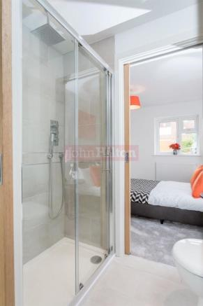 887. Shower to Bed 2a.JPG