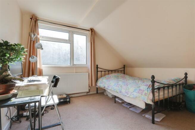 947. Bedroom 4.jpg