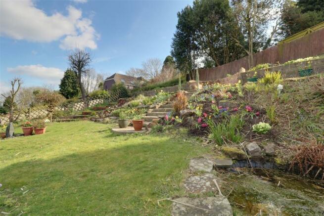 947. Garden .jpg