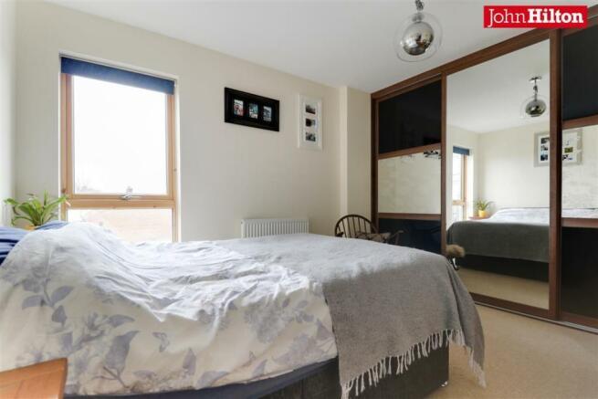 962. Bedroom.jpg