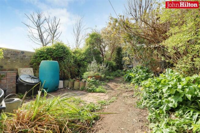 965. Garden.jpg
