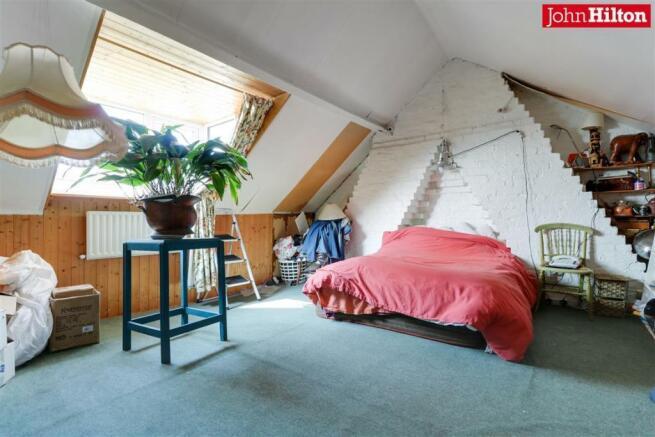 965. Loft Room.jpg