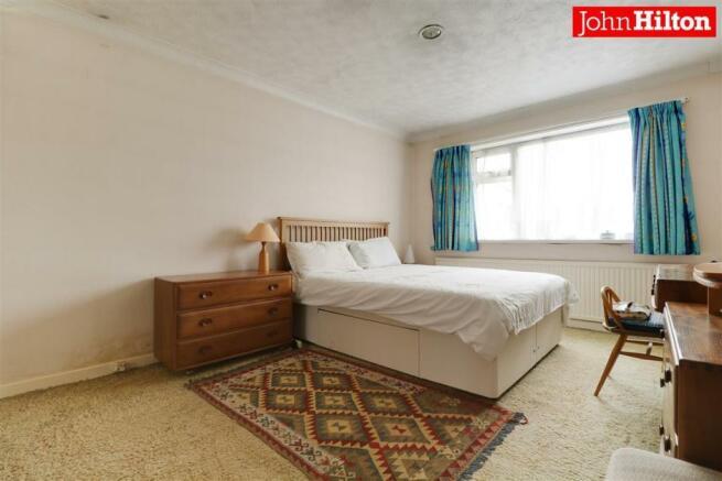980. Bedroom 1 (2).jpg
