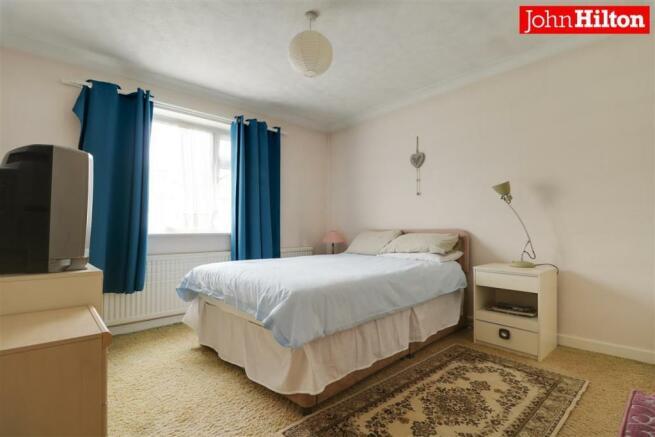 980. Bedroom 2 (2).jpg