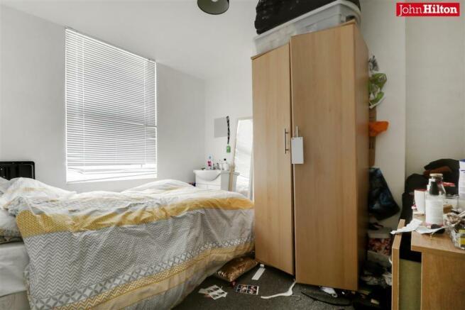 982. Bedroom 3.jpg