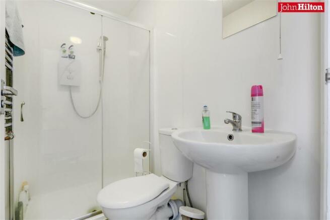982 Shower Room.jpg