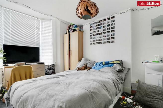982. Bedroom 4.jpg