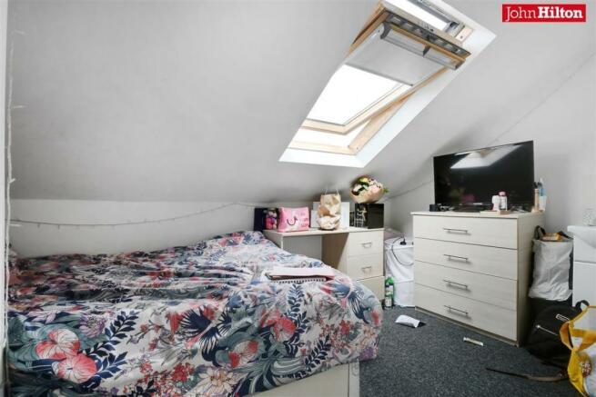 982. Bedroom 6.jpg