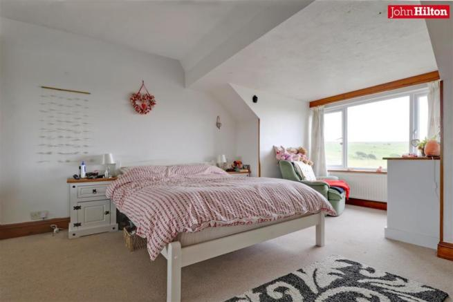 996. Bedroom 1.jpg