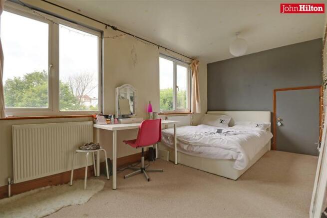 996. Bedroom 2.jpg