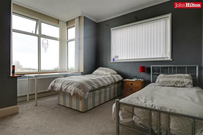 996. Bedroom 3.jpg