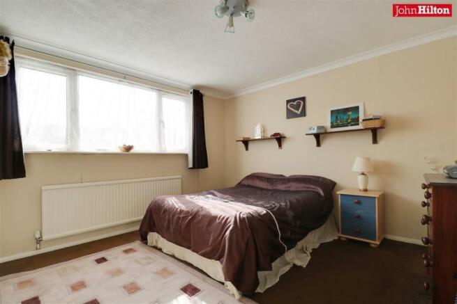 997. Bedroom 2.jpg