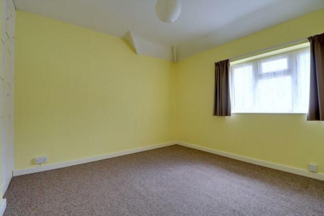 1013. Bedroom 2.jpg