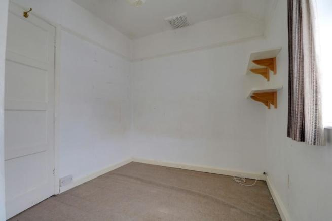 1013. Bedroom 3 (2).jpg