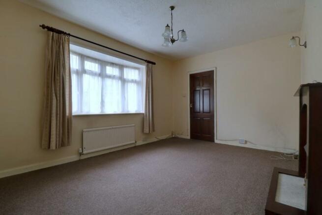 1013. Living Room (3).jpg