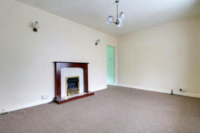 1013. Living Room.jpg