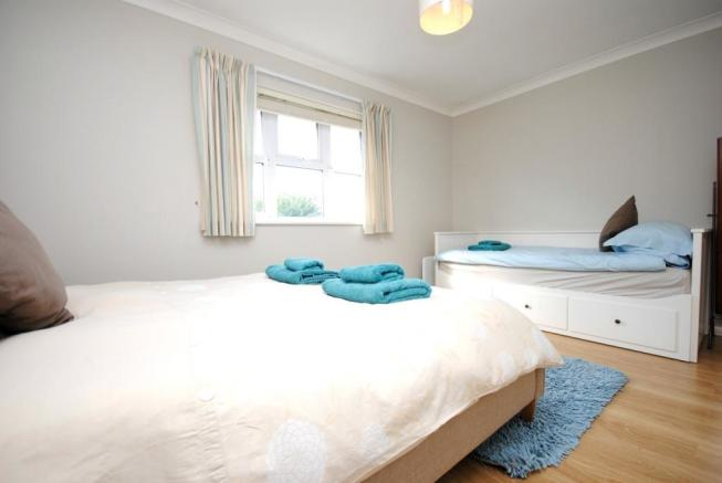Bedroom 1 Holiday Le