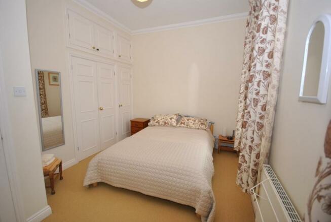 Bedroom 1 - Double -