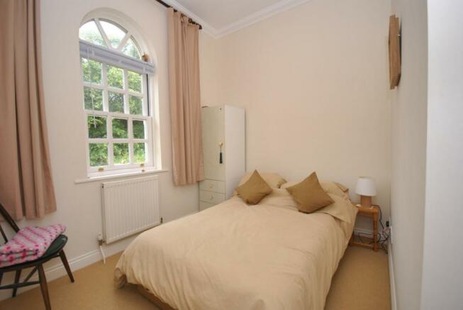 Double Bedroom 2 - h