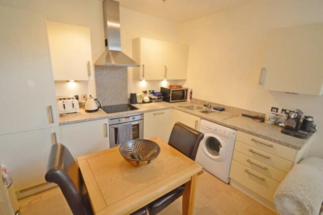 Kitchen Flat to rent