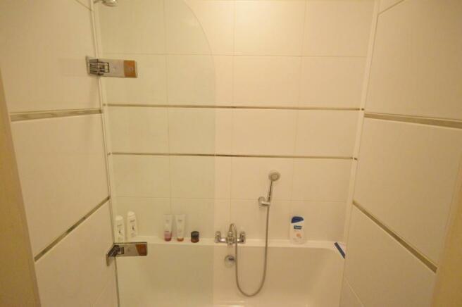 Bathroom Flat to ren