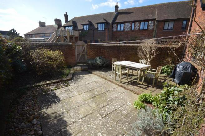 Garden House to rent