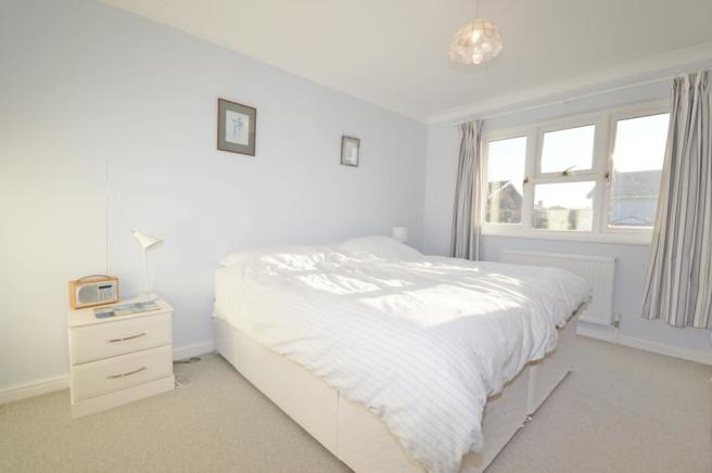 Bedroom 1 of house t