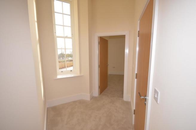 Hallway Apartment to