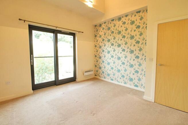 06 bedroom.jpg