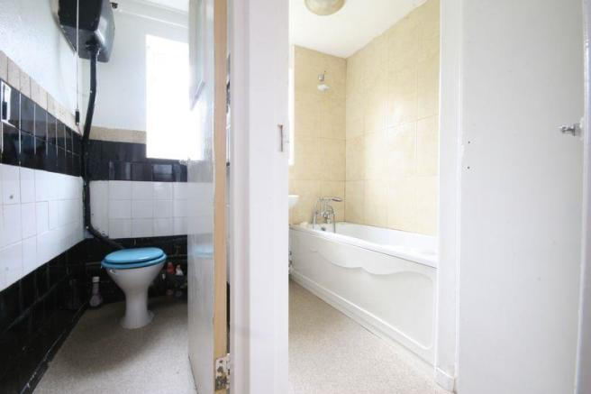 Bathroom-WC.jpg