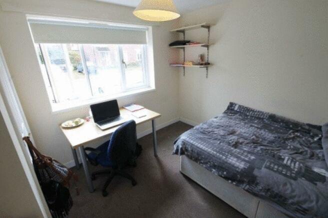 Bedroom 1 Phot...