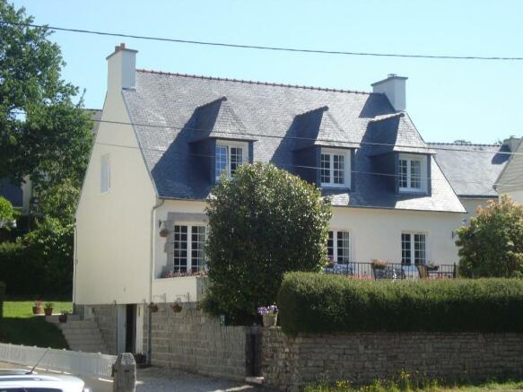 5 Bedroom Village House For Sale In Huelgoat Finist 232 Re