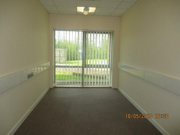 Office 125