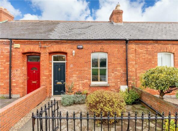 3 bedroom terraced house for sale in 6 Gracepark Road, Drumcondra