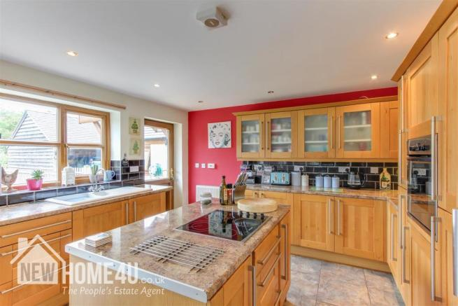 KITCHEN / DINING / FAMILY ROOM: