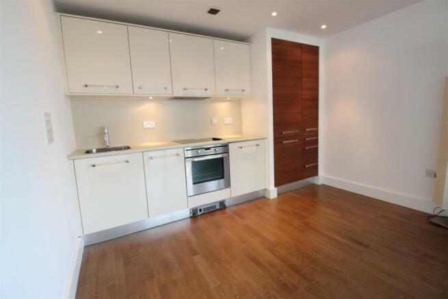 Living area / kitchen